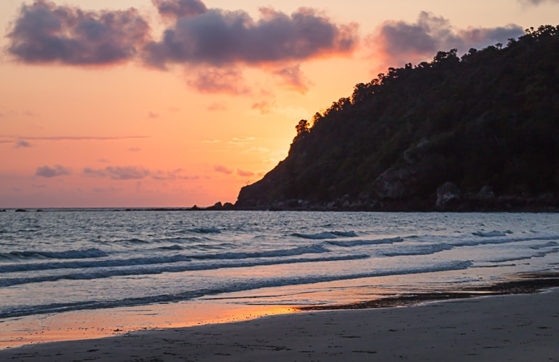 Cape Hillsborough | Sonnenaufgang am Strand