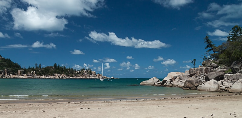 Magnetic Island | Segelboot in der Florence Bay