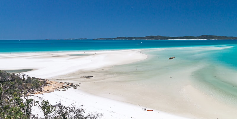 Whitsunday Islands | Boote am Whiteheaven Beach