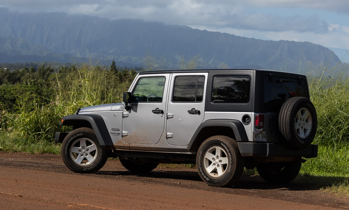 Jeep Wranger in Hawaii